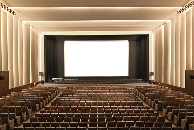 Consulenza al restauro della Sala Grande – Palazzo del Cinema, Lido di Venezia. (2011)
