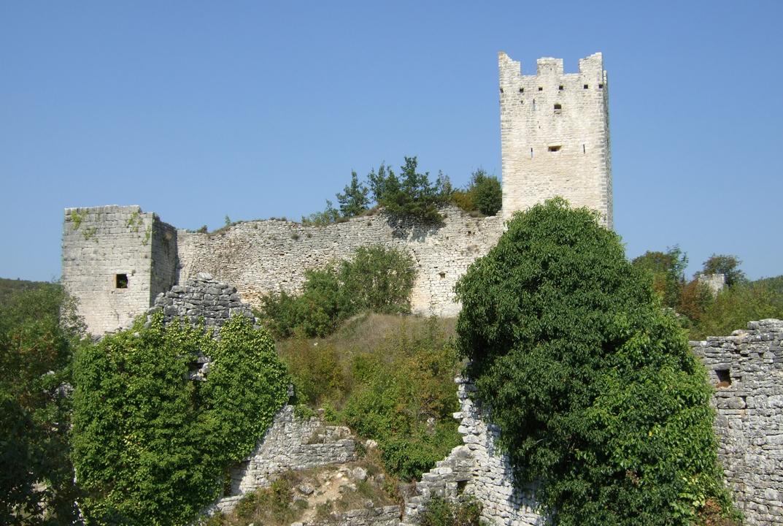 Valorizzazione del sito archeologico di Due Castelli a Canfanaro in Croazia (2008-2013)